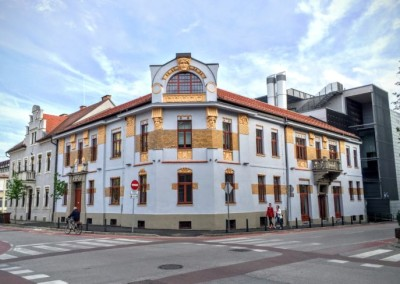 Baroničina hiša, FERI, Maribor