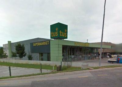 Supermarket Tuš, Vojnik